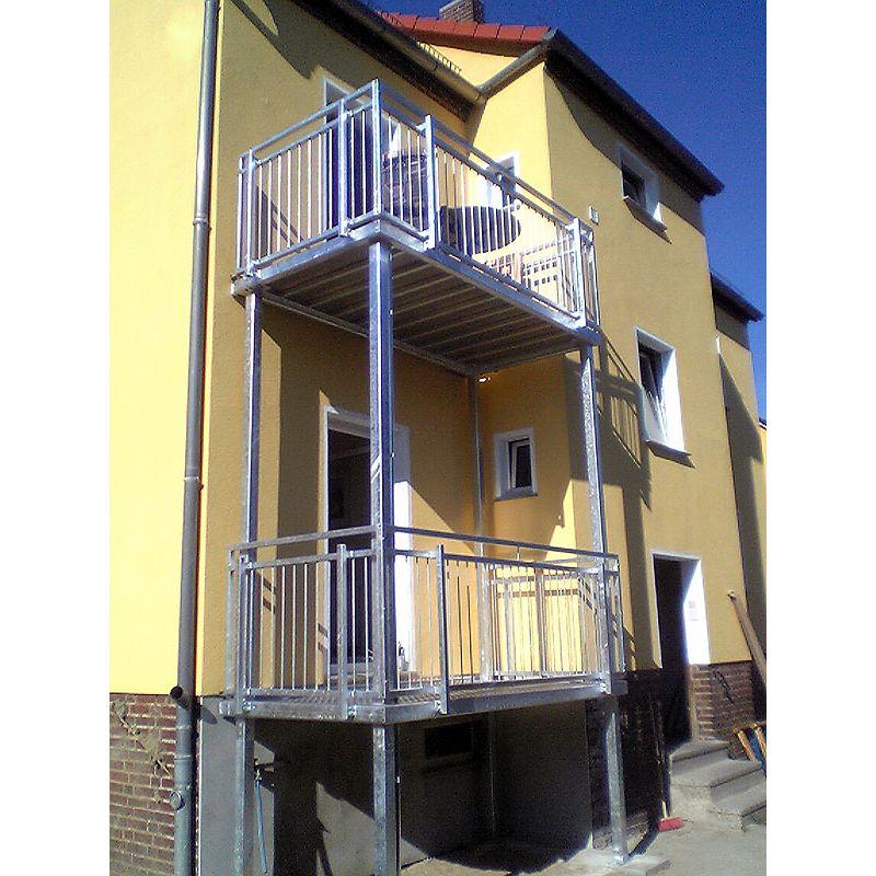 balkon 25001000 balkonanlage balkon verzinkt mit montage With französischer balkon mit gartenzaun montage